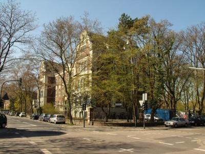 Küpperstift im Frühling: Malaiologie Köln